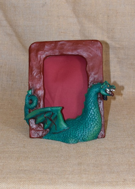 Marc drac pintat